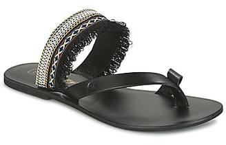 Betty London IKITOU women's Sandals in Black