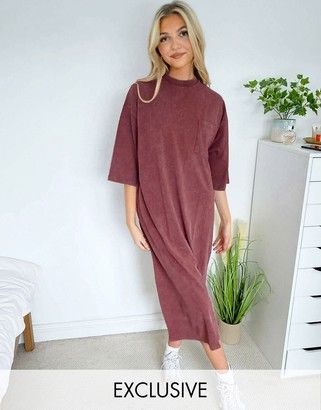 Reclaimed Vintage inspired midi t-shirt dress with pocket in burgundy