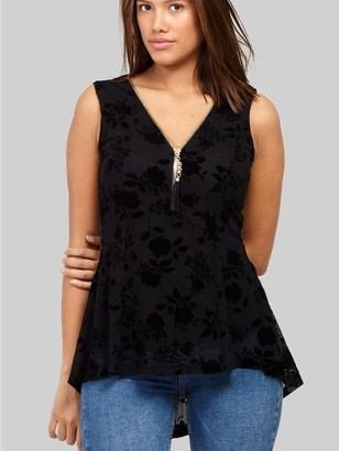 M&Co Izabel floral embossed velvet top