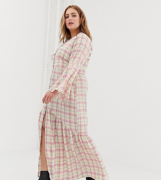Glamorous Curve maxi tea dress with button front in grid check-White