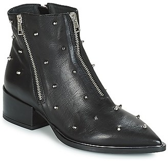 NOW ROMA women's Low Ankle Boots in Black