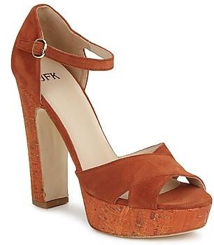 JFK women's Sandals in Brown