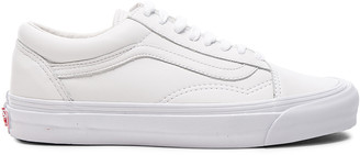 Vans Leather OG Old Skool LX in White | FWRD
