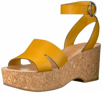 Dolce Vita Women's Linda Wedge Sandal honey leather 8 M US