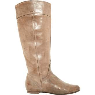 Chloé \N Grey Leather Boots