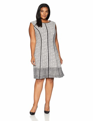 Sandra Darren Women's 1 PC Plus Size Extended Shoulder Knit Fit & Flare Dress