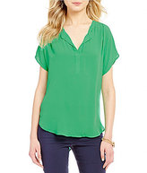 Gibson & Latimer Short Sleeve V-Neck Blouse