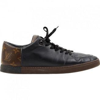 Louis Vuitton \N Black Leather Trainers