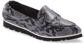 AGL Micro Leopard Print Pointed Toe Loafer