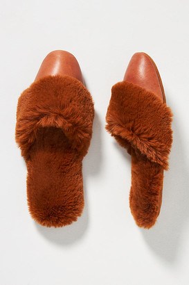 Ariana Bohling Nill Faux Fur Slippers By Ariana Bohling in Yellow Size M