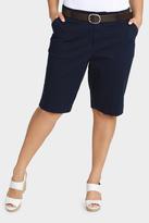 Essential Belted Short