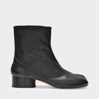 Maison Margiela Ankle Boots Tabi H30 In Black Soft Vintage Leather