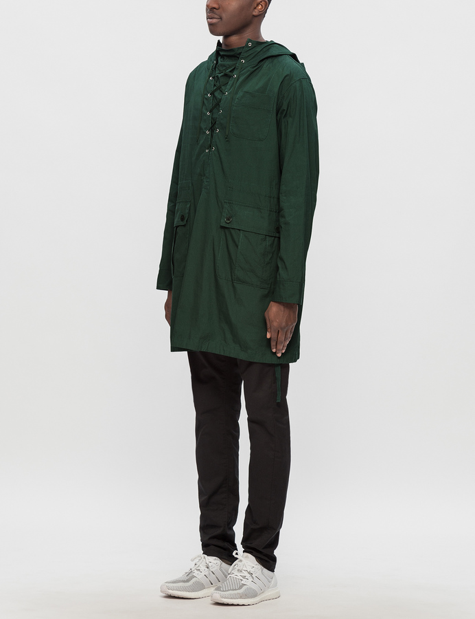 Undercover Lace-Up Front Pullover Packer
