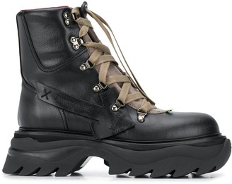 Off-White Arrow-patch hiking boots