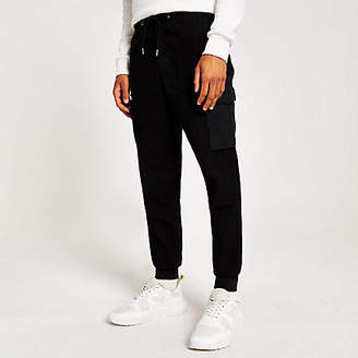 River Island Black Svnth cargo skinny Sid trousers