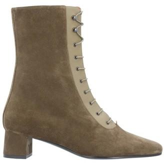 Michel Vivien Keyt lace boots