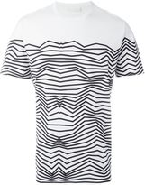 Neil Barrett zig-zag print T-shirt - men - Cotton - M