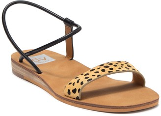 Dolce Vita Luther Elastic Sandal