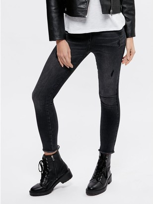 M&Co Petite ripped skinny jeans