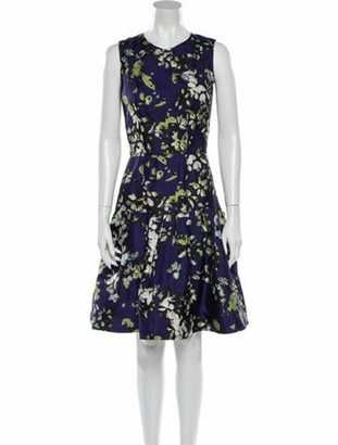 Oscar de la Renta 2009 Knee-Length Dress Purple