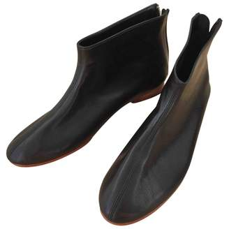 Martiniano Black Leather Ankle boots
