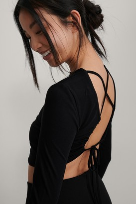 NA-KD Knot Back Detail Top