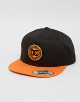 DC Snapback with Contrast Peak