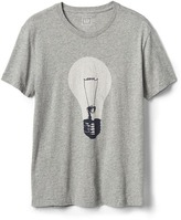 Light bulb graphic crewneck tee
