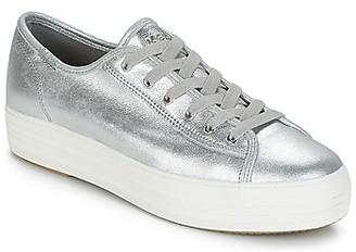 Keds TRIPLE KICK METALLIC SUEDE women's Shoes (Trainers) in Silver