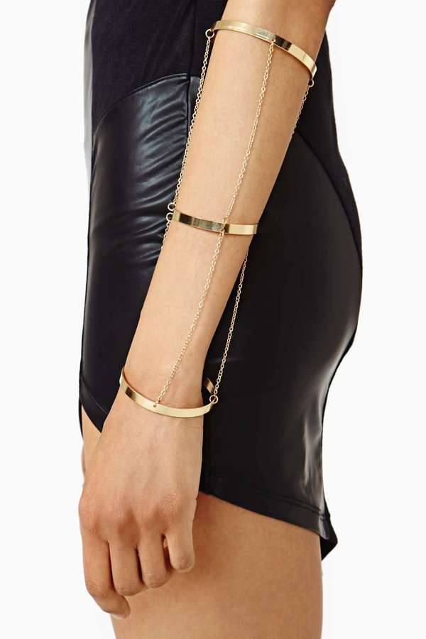 Nasty Gal Chained Up Bangles