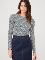 Warehouse Ditsy Floral Puff Sleeve Top - Mono