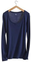 Petit Bateau Womens long-sleeved, scoop neck tee in light cotton
