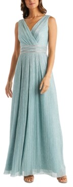 R & M Richards Petite Metallic Crinkle Gown