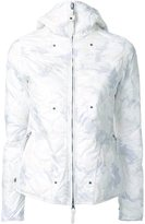 Kru - camouflage hooded puffer jacket - women - Polyester - XS