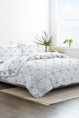 IENJOY HOME Home Collection Premium Ultra Soft Edgy Flowers Pattern 3-Piece Reversible Duvet Cover Set - Gray