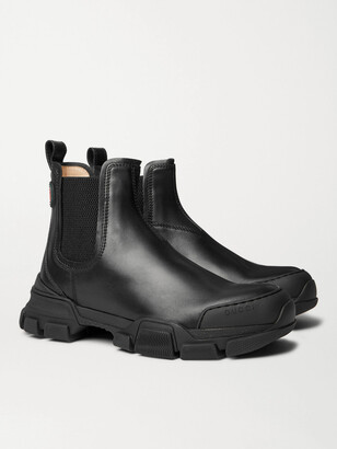 Gucci Leon Leather Chelsea Boots