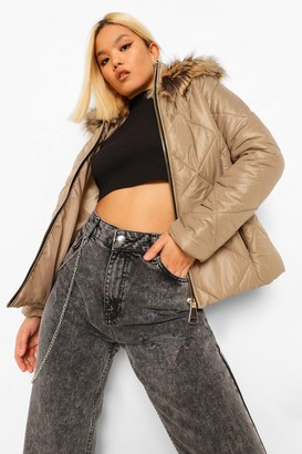 boohoo Petite Faux Fur Trim Fitted Puffer Jacket