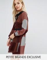 Glamorous Petite Contrast Velvet Bow Collar Dress In Stripe Print