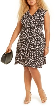 Robbie Bee Plus-Size Floral Print Wrap-Style Dress