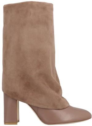 Stuart Weitzman Lucinda Block Heel Boots