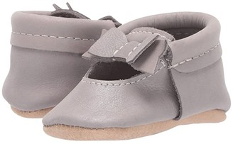 Freshly Picked Dreamy Ballet Flat Bow Mocc (Infant/Toddler) (Silver/Brown) Girl's Shoes