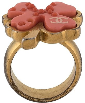 Chanel Pre Owned CC clover ring