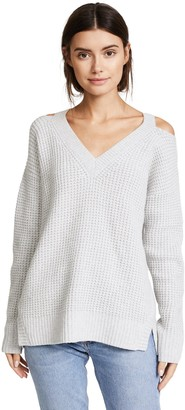Monrow Women's Chunky V Neck with Shoulder Cutout