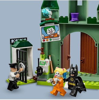 Lego 76138Batman and The Joker Escape Toys