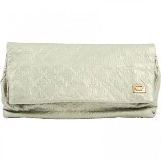Louis Vuitton Silver Leather Clutch bags