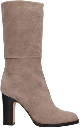 Julie Dee High Heels Boots In Taupe Suede