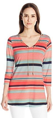 Notations Women's 3/4 Sleeve Printed V Swing Hem Top with Chain at Neck