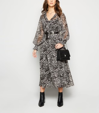 New Look Leopard Print Chiffon Midi Dress
