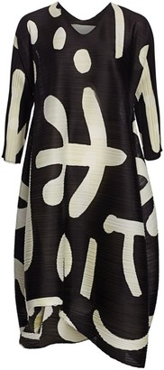 Pleats Please Issey Miyake Pause Printed Shift Dress