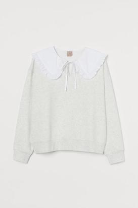 H&M H&M+ Collared sweatshirt
